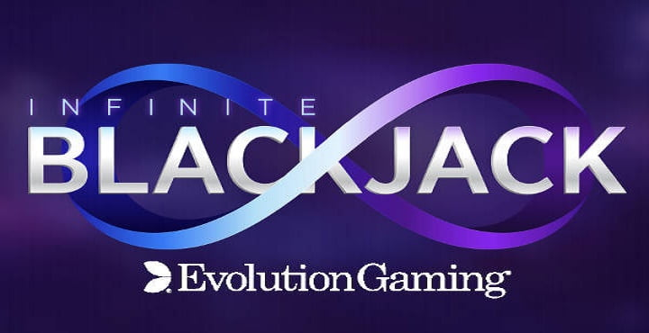 Infinite Blackjack de Evolution Gaming